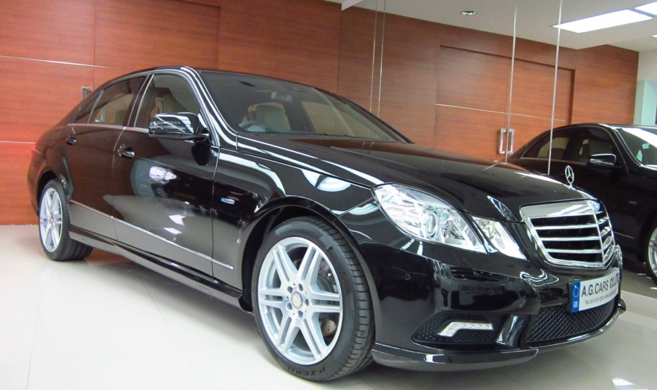 MERCEDES BENZ E250 CGI SPORT SALOON 7-SPEED