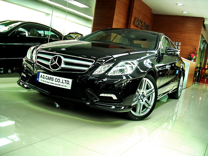 BENZ E 250 CGI COUPE   BLACK