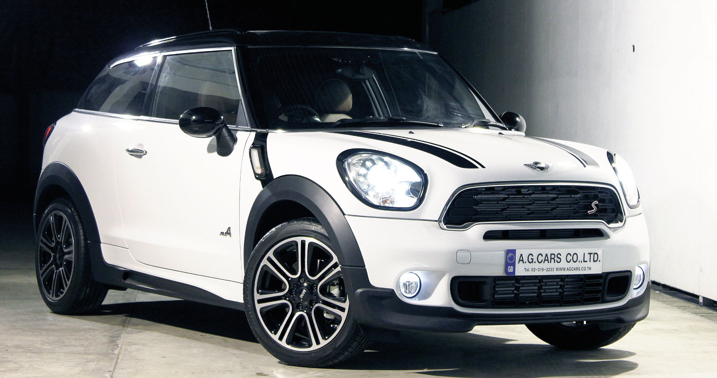 New MINI Paceman Cooper S full Option 2,580,000.-