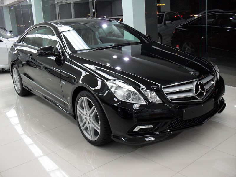 BENZ E250 CGI SPORT COUPE / Black