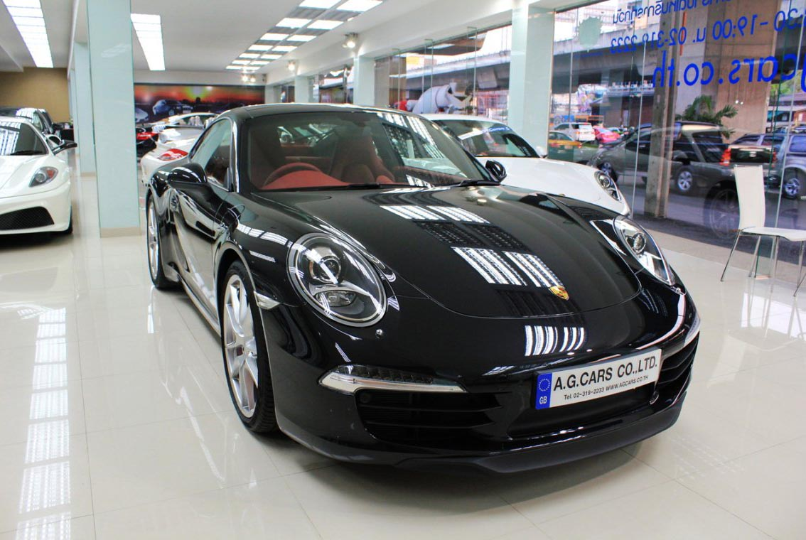 911 Carrera S Black FB